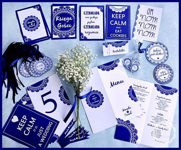 Winietki, menu, zawieszki na alkohol - karteczki na wesele w kolorze granatowym!