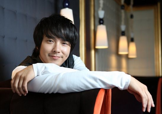 The Late Park Yong Ha's Manager Convicted for Attempting to Withdraw His Money