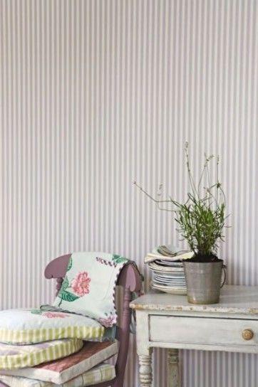 Oltre 25 fantastiche idee su mobili a righe su pinterest for Carta da parati stile provenzale