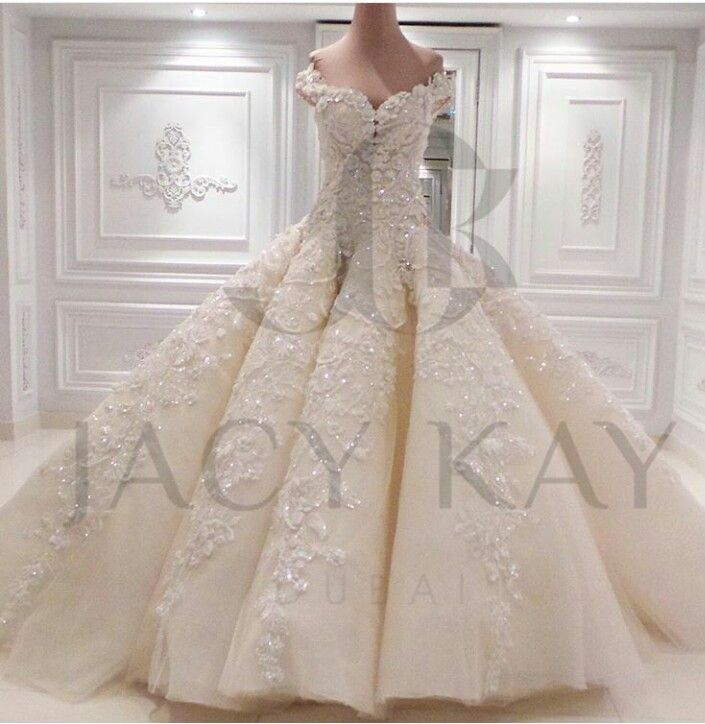 221 best Wedding Ball Gown images on Pinterest | Princess fancy ...