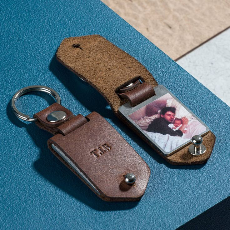 Are you interested in our luxury leather photo keyring? With our gifts for dads you need look no further.