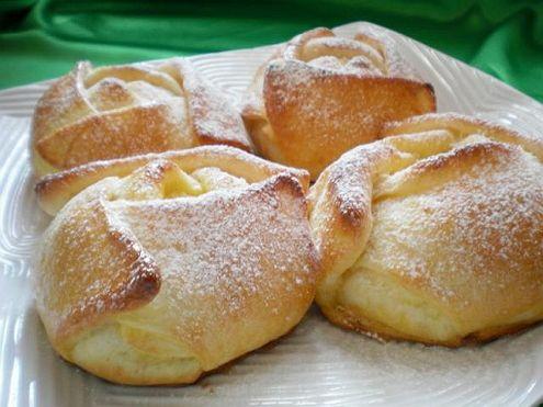 Túrós bukta  - Könnyű receptek - Sütik édesszájúaknak magazin - Hotdog.hu