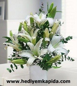 Balıkesir Çiçek Balıkesir Çiçek Kazablanka Aranjman  Sevginizi ifade etmenin Balıkesir Buse Çiçekçilik de o kadar çok çeşit var. Yeter ki sizler bizden isteyin. 1993 yılından bu güne sizlere hizmet eden Balıkesir Buse Çiçekçilik ve www.hediyemkapida.com her gün kendini yenileyerek müthiş çiçek çeşitleri ve aranjmanları sizlerin beğenisine sunuyor.