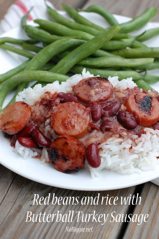 Red beans and rice with turkey sausage via NoBiggie.net- such an easy recipe, and you probably have everything in your pantry to make it now