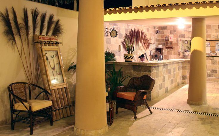 "Hotel Costa Azul ""Mango"" - Zorritos .Perú"