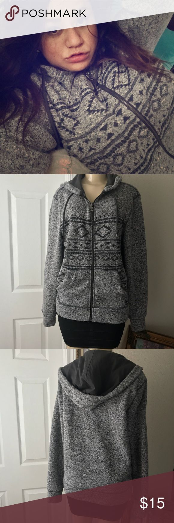 AEROPOSTALE :| Hooded Zip-up Sweatshirt.GRAY.SMALL BRAND:AEROPOSTALE . Hooded drawstring Zip-up Sweatshirt. Warm Rayon blend material with Aztec Design. Please refer to last photo for details on material. COLOR:GRAY. Perfect condition. Very Minor signs of normal wear. Overall Pristine condition perfect for Winter! No flaw. Women's:Size:SMALL. Aeropostale Sweaters Crew & Scoop Necks