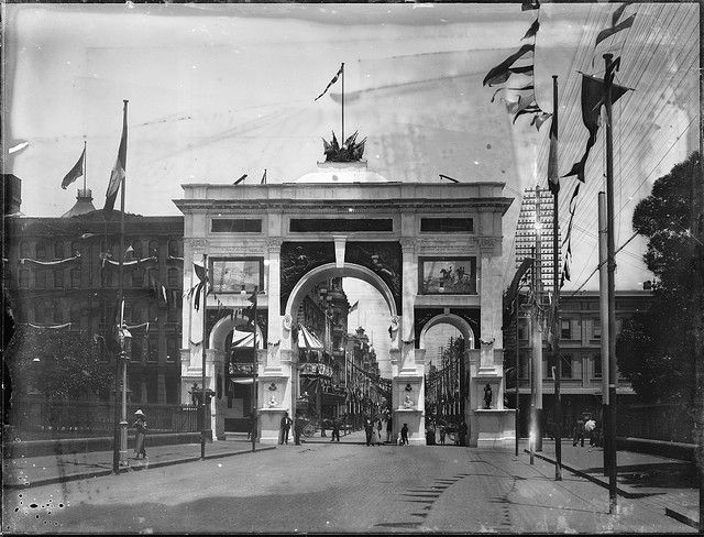 Federation Arch circa 1900 - Park & Elizabeth Streets (one of many such arches around Sydney & Australia).