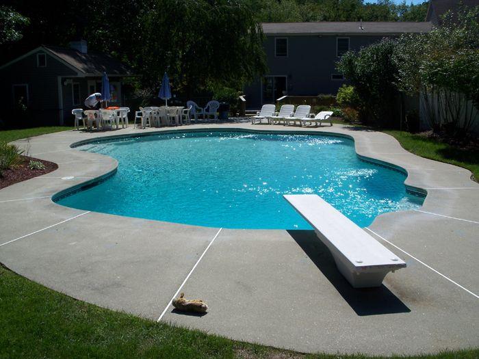 Custom gunite swimming pools custom designed gunite for Custom inground swimming pools