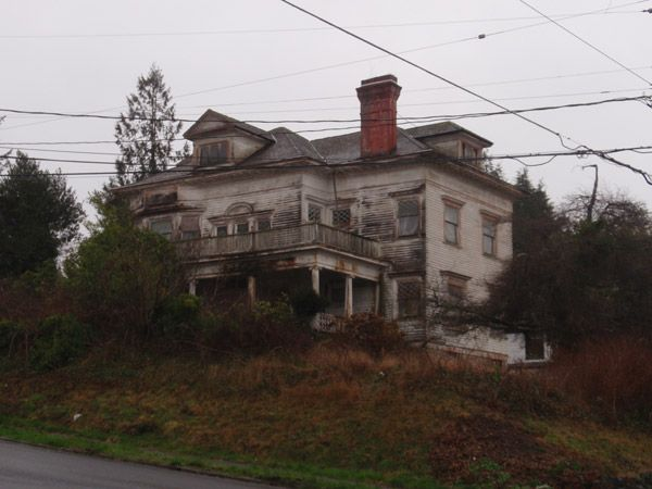 The abandoned house of Harry Flavel in Astoria, Oregon.