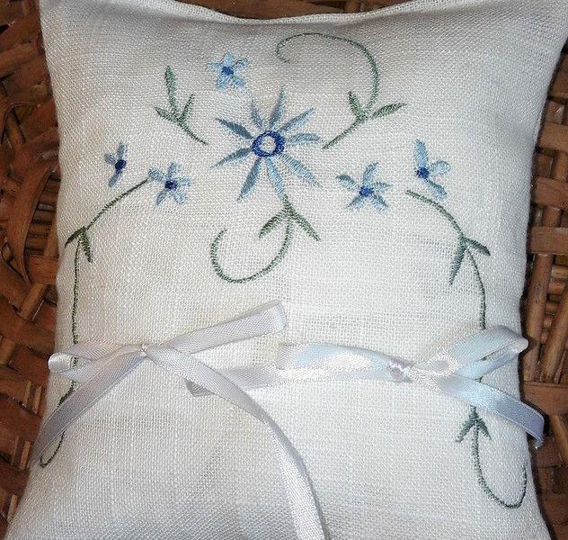 Cuscini per le fedi - cuscino per fedi ricamato - un prodotto unico di bandullera su DaWanda