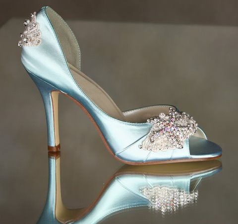 Lovely wedding shoes stunning