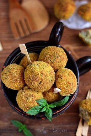 Chiftele de dovlecei si ciuperci   Retete culinare Laura Adamache