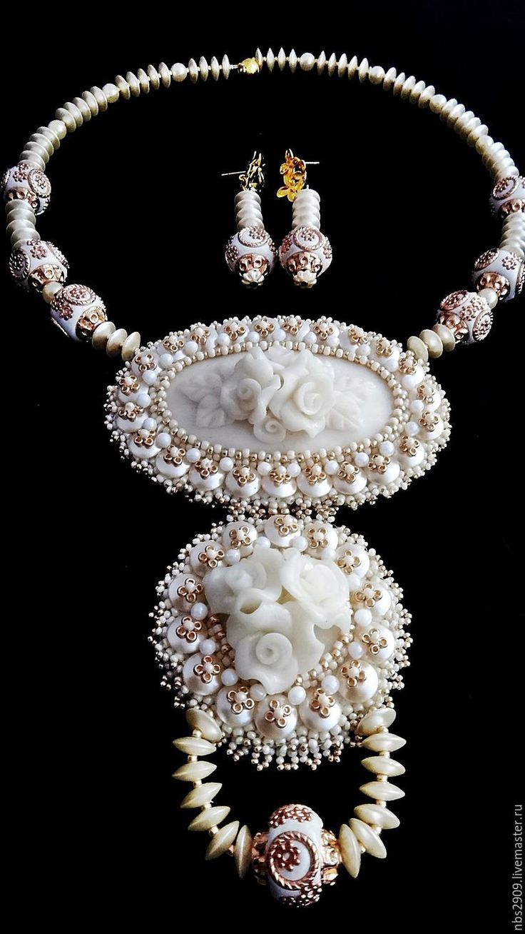 Купить или заказать Комплект «Белая королева»