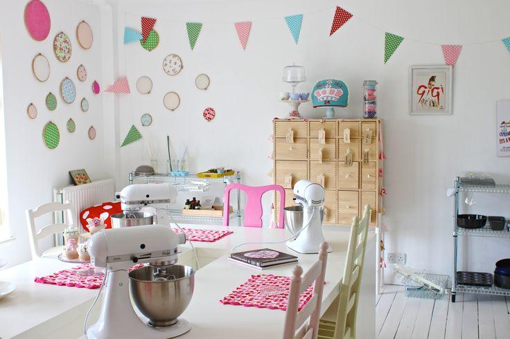 Baking school studio - http://picketfencebaking.com/