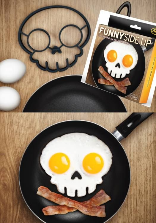ARRRR ya ready to for a killer breakfast? Make eggs dangerously cool with our Funny Side Up Skull Egg Shaper! Start your day with a fried side of fun! This handy frame shapes and molds two eggs in