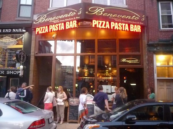 Read about Benevento's Italian restaurant in the North End of Boston MA: http://visitingnewengland.com/Beneventos-Italian-Restaurant-North-End-Boston.html #beneventos #northend #boston
