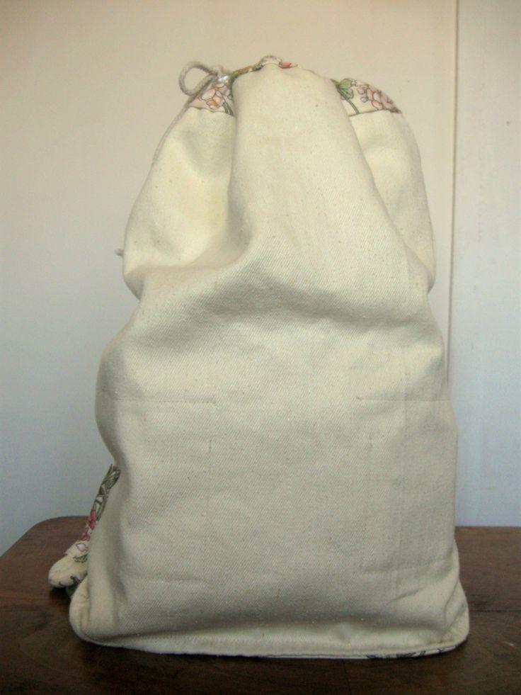 totalnie jasny z akcentem kwiatowym wnętrze #bag #plecaki #zet www.facebook.com/szycie.zet