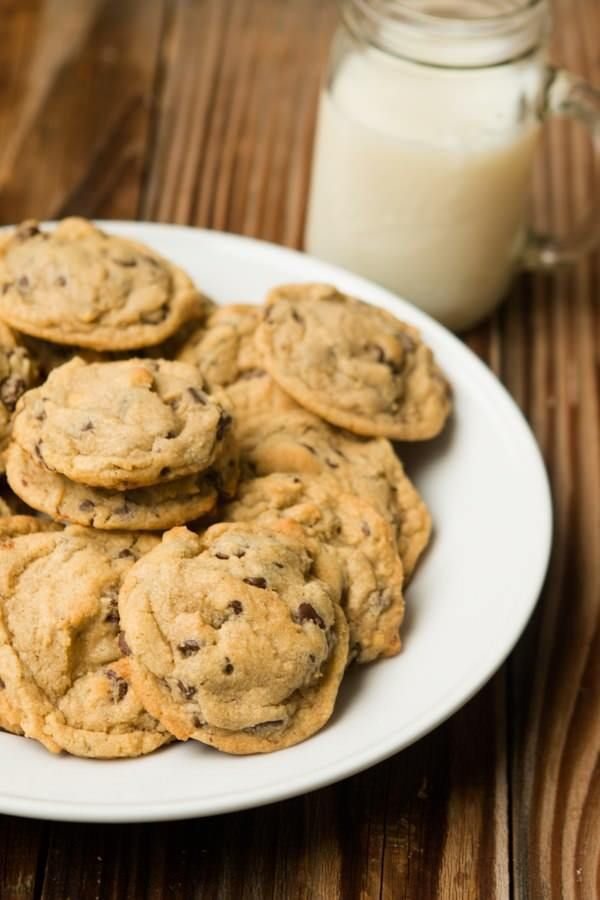 Copycat Pizza Factory's Chocolate Chip Pudding Cookies