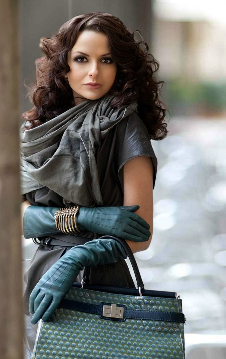 Ladies leather gloves blue - Leather Gloves Photo