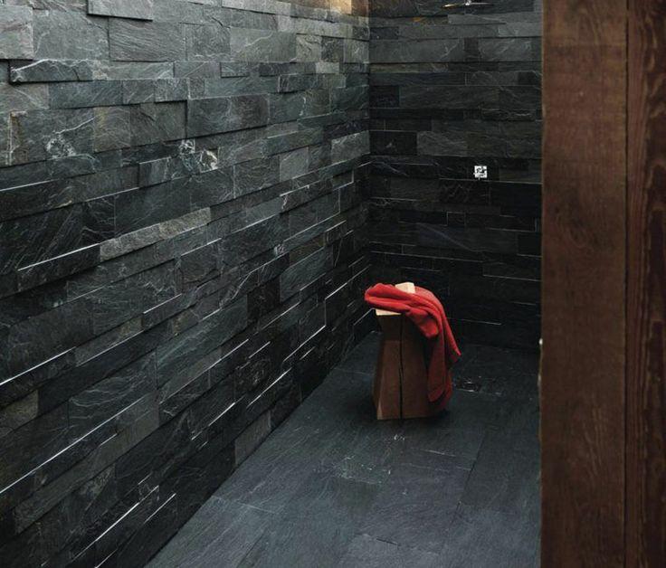 Salle de bain ardoise naturelle et chic deco carrelage ardoise revetement salle de bain - Salle de bain en ardoise ...