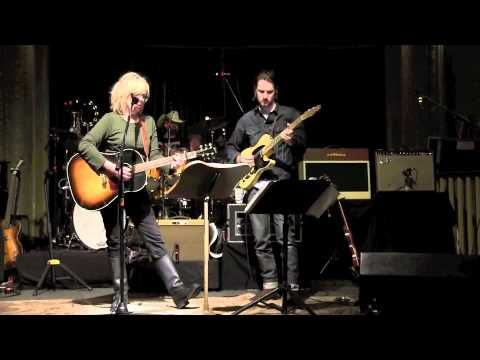"""Lucinda Williams at soundcheck in Portland 11/18/11 with Blake Mills covering Merle Haggard's """" If We Make it through December""""  