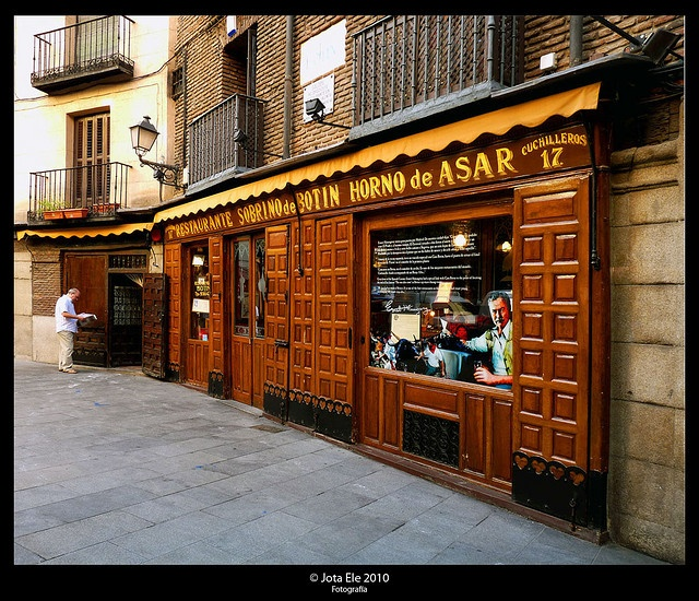 Pin by jules murphy on spain portugal 2014 pinterest for Casa botin madrid