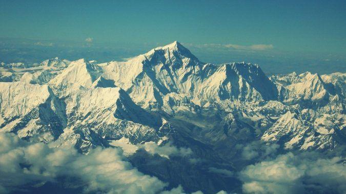 Viaje inolvidable al monte Everest en helicóptero