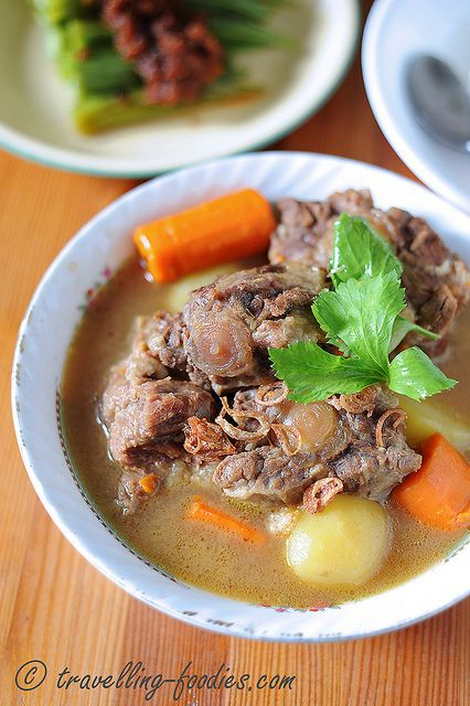 Sup Buntut - an Indonesian Oxtail Soup that fills the stomach and warms the heart