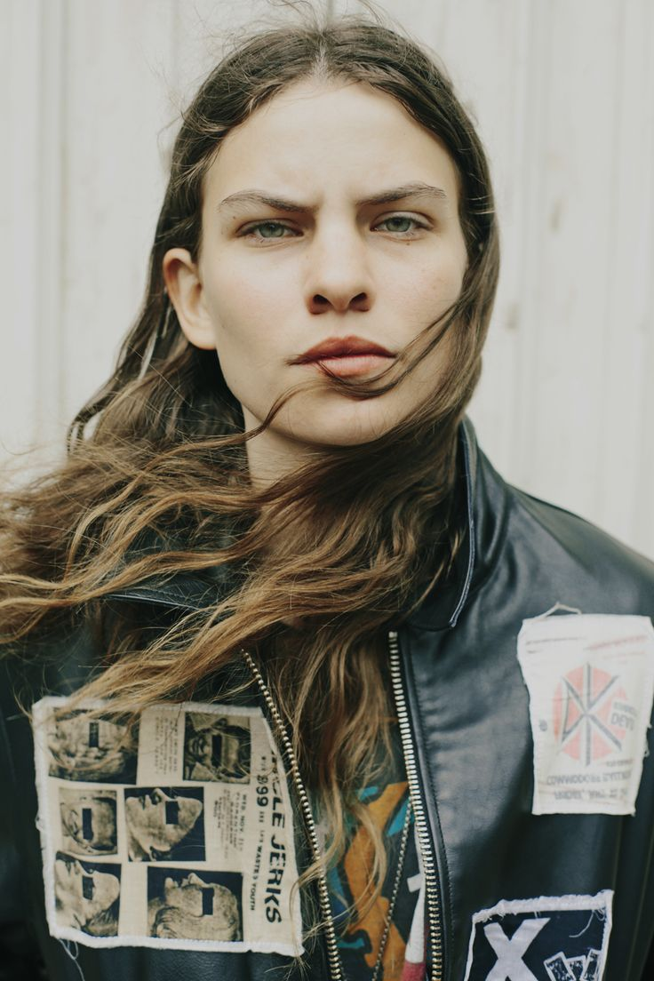 There's something so familiar about the way Eliot Sumner sings and emotes that makes you question their lineage (s/he doesn't go by a gender, and<br /><br />Continue Reading </a> »