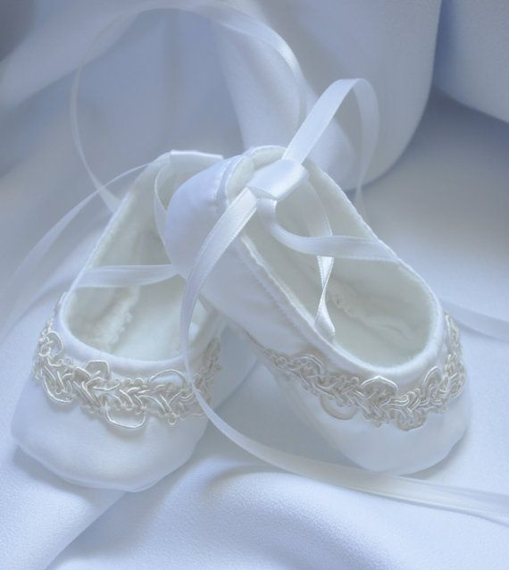 17 Best ideas about White Baby Shoes on Pinterest | Baby shoes ...