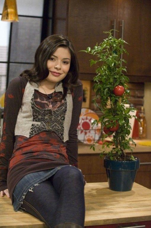 miranda cosgrove cute | Miranda Cosgrove is iCarly Cute! | Fanlala.com