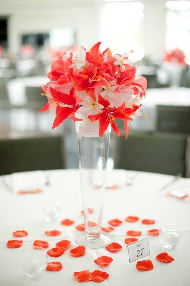 Centro de mesa para una boda coral en