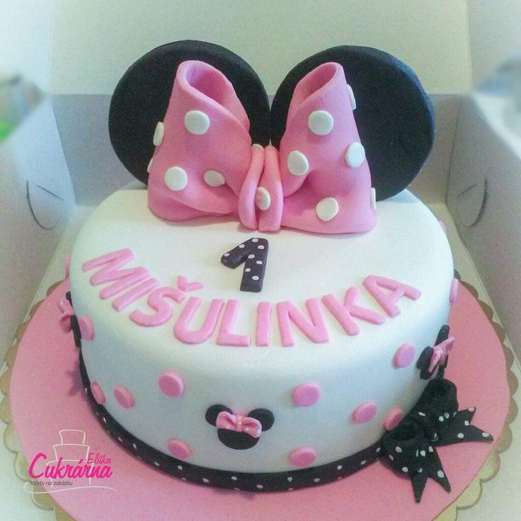 DORT KULATÝ MINNIE MOUSE :-) čokoládový dort s čokoládovým máslovým krémem :-) povrch dortu a ozdoby pravý marcipán :-) #3ddorty #cukrarna #cukrarnaeliska #minnie #minniemouse #minniemousecake #dortminniemouse #dortminnie #marzipan #marzipancake