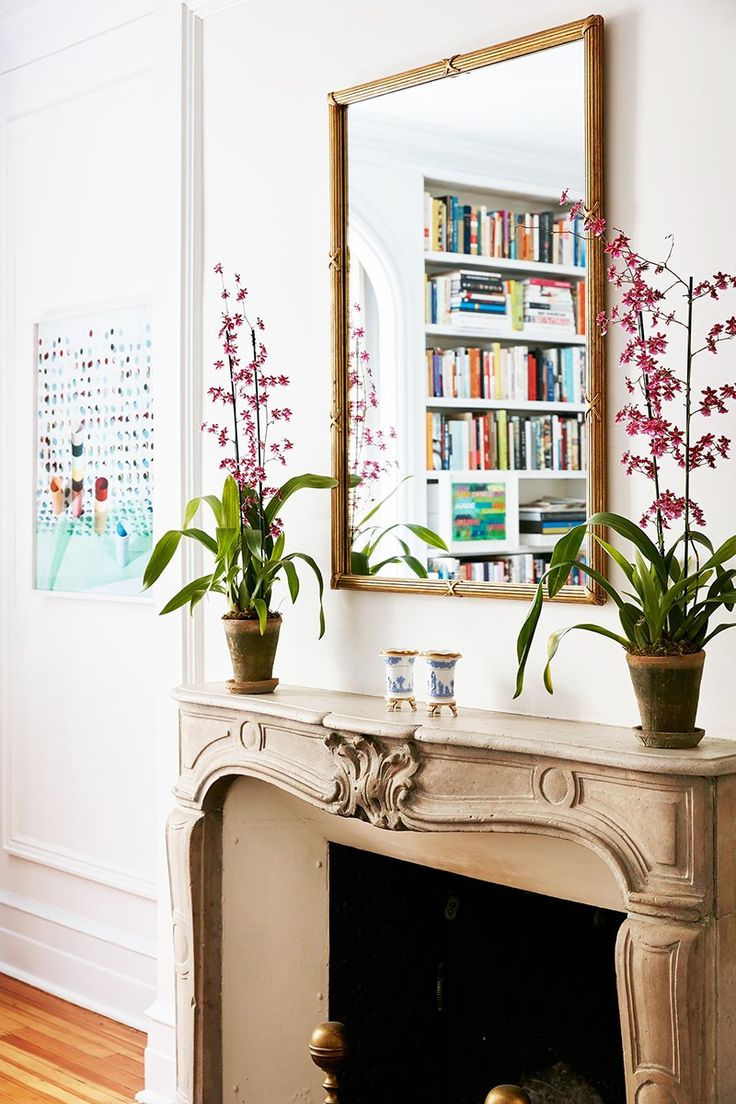 5 White Paints Interior Designers Love via @MyDomaine