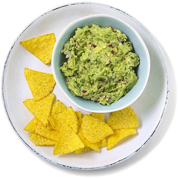Guacamole er deilig og sunt tilbehør som er lett å lage. Perfekt til taco eller kjøttretter, kan også brukes som dipp til nachos. Oppskrift på guacamole.