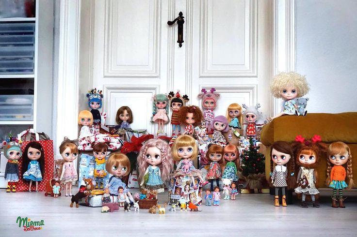 Me and all my dolls wish you Merry Christmas  #miema #miemadollhouse #christmas #happybirthday #happy #blythe #doll #blythedoll
