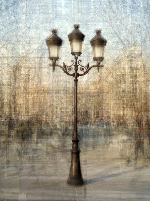The Lamp Post by Pep Ventosa