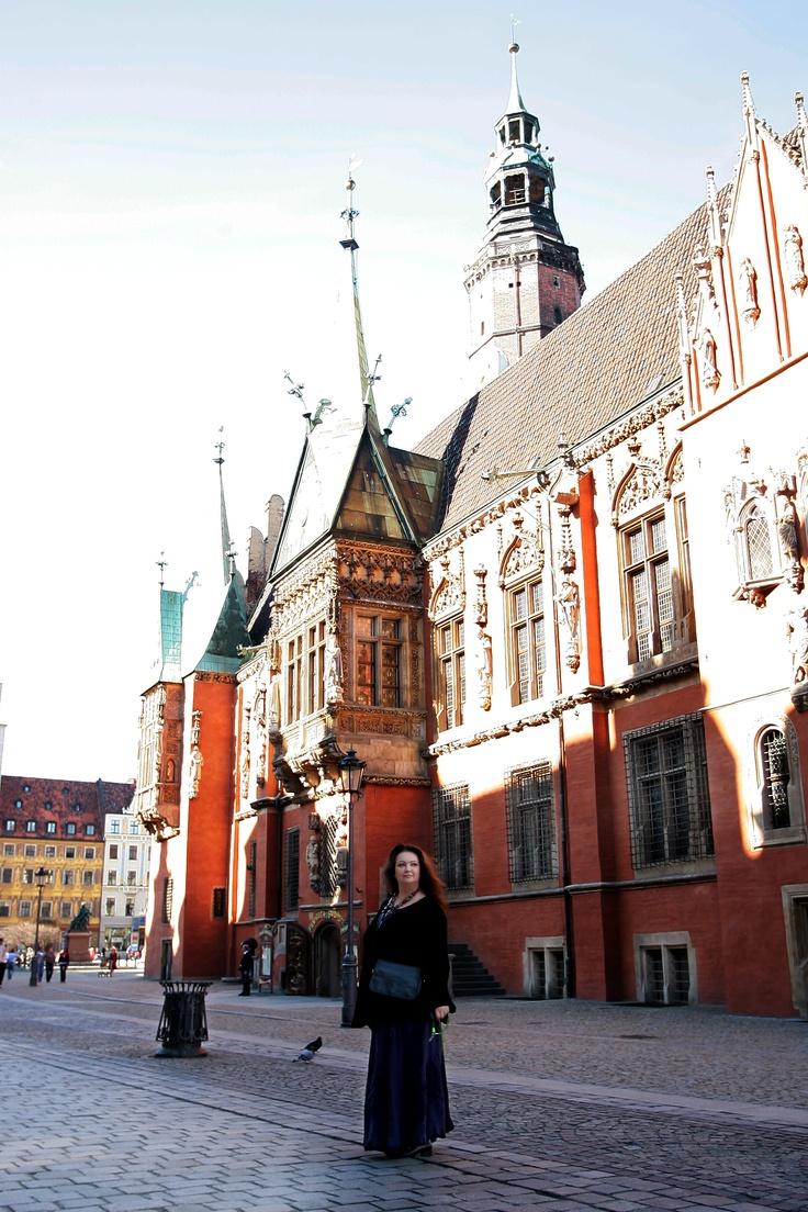 Anna #Dymna podczas spaceru po Wrocławiu