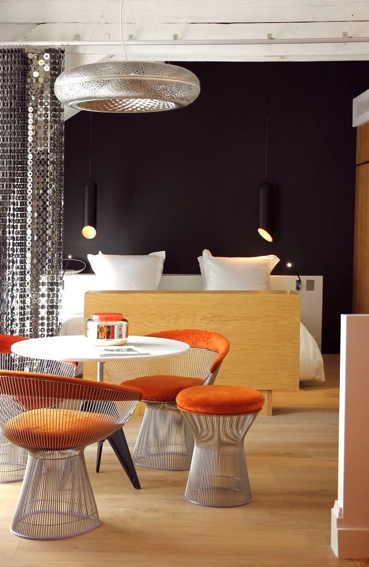 Hello everyone! Exciting news! A new 5 star boutique design hotel has just opened in Bordeaux, France: YNDŌ HOTEL It is nestled a few steps from Place Gambetta, the Cours de L'Interdance, and Tourny. The hotel is a typical old mansion from the 19th century where the twelve rooms and suites are un
