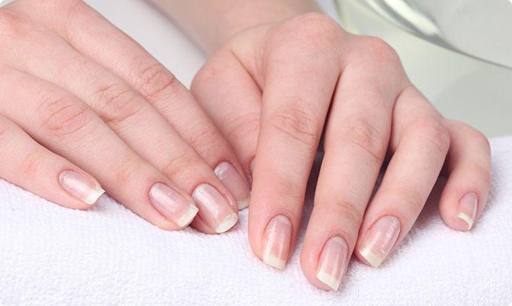 P.Shine – manicure japoński. Sprawdź na naszym blogu: http://blog.elarto.pl/poradnik/p-shine-manicure-japonski/