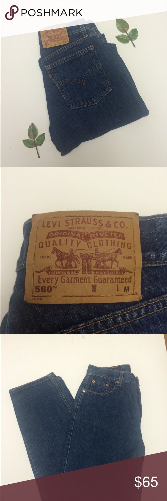 """Levi's 560 Vintage 90s Mom Jeans Levi's 560  Vintage 90s 'mom jeans'  Super high waisted  Size 10 = Size 30 (see screenshot of size chart)  Inseam: 31"""" Rise: 12""""  These are immaculate; no wear to hems or seat! Super on trend for fall 💕 Levi's Jeans Straight Leg"""
