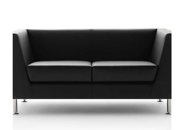 NAXOS Sillón italiano diseñado para esperas y mini livings de oficinas gerenciales o áreas lounge. Diseño puro, minimalista y una gran armonía entre las formas y la comodidad. Disponible en butacas, sofás de dos o tres cuerpos, y pouffs.