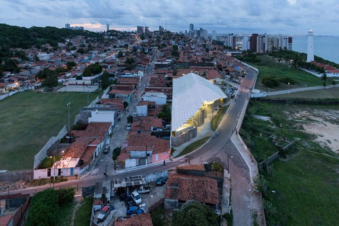 New Stadium by Herzog & de Meuron,Favela