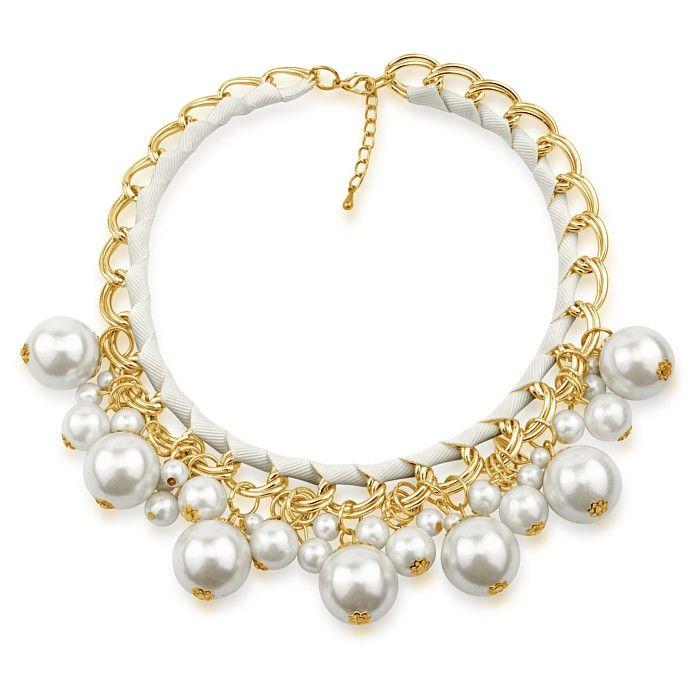 Kovový náhrdelník Silvego s bílými syntetickými perlami KMMN1886