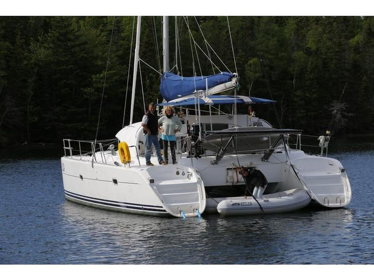 2002 Lagoon 380 located in Outside United States for sale