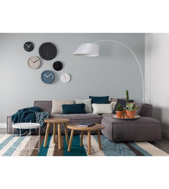 Salon cosy avec ce canapé fat freddy très confortable de la marque Zuiver #livingroom #salon #canapé #sofa #lamp #design #zuiver #style #style #interiordesign #homedecor #coussin #cushion