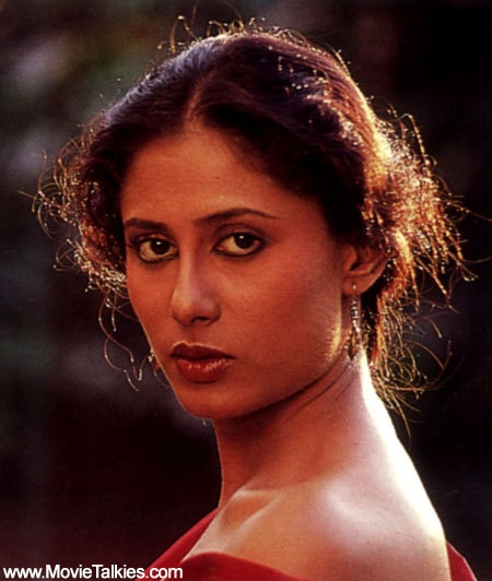 A talented actress, Smita Patil died at the peak of her career in 1986.