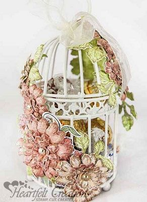 Heartfelt Creations | Majestic Blooms Lantern