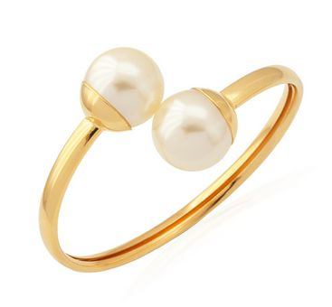 Pearl bangle in rose gold