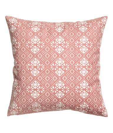 Dusky pink. Cushion cover in cotton twill with a printed pattern. Concealed zip.